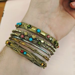 Set of 6 boho Indian bangles, brass /turquoise